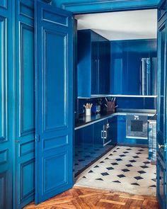 Reposting @fohlio: Chase the Monday blues away with this gorgeous 18th-century apartment in Paris, designed by Pierre Sauvage of @casa__lopez. High-gloss blue cabinetry play off Pierre de Bourgogne–and–black Belgian marble floor. 📸: @matthieusalvaing. #blue #color #palette #kitchen #marble #floors #marblefloors #design #interiors #interiordesign #interiordesigner #designerliving #paris #apartment #apartmentdesign #inspo #colorinspo #Monday #Mondayblues #Mondayinspo #Mondaymotivation