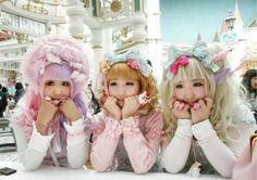 Harajuku girls.Lolita