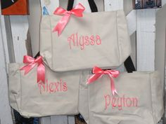 4 Personalized Bridesmaid Gift Tote Bags Personalized Tote, Bridesmaids Gift, Monogrammed Tote, by elrileyembroidery on Etsy https://www.etsy.com/listing/105957459/4-personalized-bridesmaid-gift-tote-bags