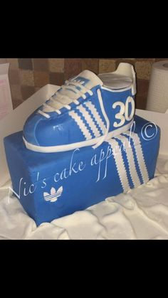 Sporty cake for a man turning the big 30 Cakes For Men, Turning, Sporty, Big, Fashion, Moda, Fashion Styles, Wood Turning, Fashion Illustrations