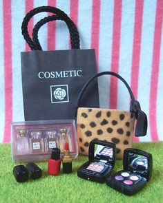 Re-ment (Rement) Japanese Miniature Toys: Department Shopping : Department Store : #1 Cosmetics Make-up Perfume