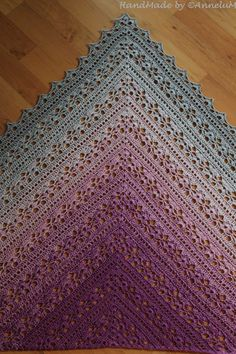 Best 11 Japonese shawl met colortwist garen We are want to say thanks if you like to share this post to another people – SkillOfKing.K – Virkning, mönster, akrylmålning – Skaparglädje!Ravelry: Mariola Shawl pattern by Kirsten BishopCrochet l One Skein Crochet, Crochet Shawl Free, Crochet Shawls And Wraps, Basic Crochet Stitches, Easy Crochet Patterns, Crochet Scarves, Crochet Shawl Diagram, Crocheted Scarf, Diy Crafts Knitting