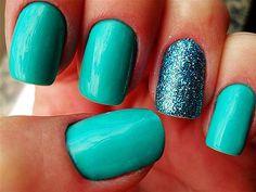 Glitter Green Nail Art - Love It So Much