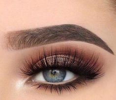 Gorgeous Makeup: Tips and Tricks With Eye Makeup and Eyeshadow – Makeup Design Ideas Makeup Eye Looks, Eye Makeup Art, Blue Makeup, Smokey Eye Makeup, Skin Makeup, Eyeshadow Makeup, Makeup Eyebrows, Gel Eyeliner, Makeup Style