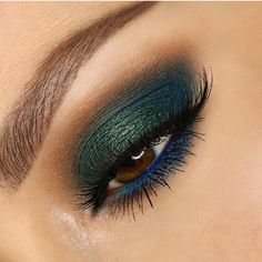 Teal and peacock eye makeup