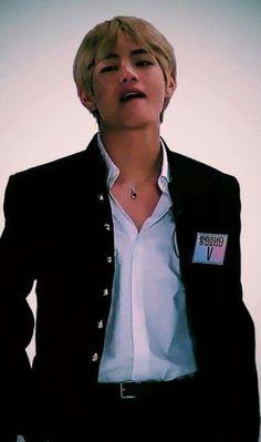 taehyung pics on Twi Taehyung Fanart, Kim Taehyung, Daegu, Bts Bangtan Boy, Bts Boys, Jungkook Abs, Taekook, V Bts Cute, V Bts Wallpaper