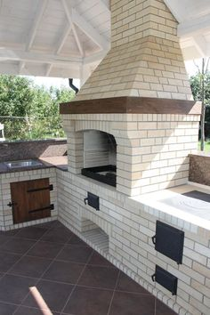 """Visit our web site for more details on """"outdoor kitchen designs layout"""". It is an outstanding spot to find out more. Outdoor Kitchen Plans, Outdoor Cooking Area, Backyard Kitchen, Outdoor Kitchen Design, Outside Living, Outdoor Living, Barbecue Garden, Barbecue Design, Brick Bbq"""