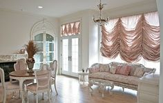 The Adventures of Elizabeth: Drapes Shabby Chic Style, Shabby Chic Decor, Cute Small Houses, Romantic Living Room, Vintage Chandelier, Curtains With Blinds, Soft Furnishings, Home Decor Inspiration, Decoration