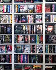 🤓 — Since I'm saving my book haul/wrap up post for tomorrow, here's a little shelfie for your viewing pleasure. 😆 — I'm almost officially out of room on my bookshelves. I Love Books, Books To Read, My Books, Library Books, Book Memes, Book Quotes, Ty Dye, Bookshelf Inspiration, Dream Library