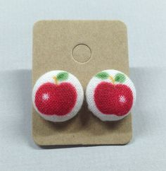 5/8 Size 24 White/Red/Green Apples Fabric Covered by RatDogInk