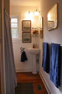 traditional bathroom by Gerald D. Cowart, AIA, LEED  AP FORD PLANTATION- COPP BOATHOUSE