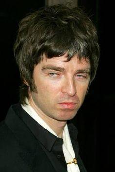 Noel Gallagher: leggere fiction è uno spreco di tempo