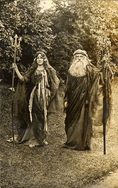 Cos-Play Girls Vince Vance, Clown,Rite of Spring, England by Kate Pragnell 1905 - Vintage Photography Illustration Photo, Illustrations, Wiccan, Witchcraft, Carlin, Vintage Witch, Beltane, Art Moderne, Green Man