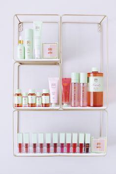 💕Shelfie Love 💕 is always spoiling me with their PR mailers. Glow Tonic is my favorite toner & you can probably tell, I have… Best Beauty Tips, Beauty Hacks, Makeup Setting Spray, Mineral Eyeshadow, Best Makeup Products, Beauty Products, Beautiful Prom Dresses, Tinted Moisturizer, Shelfie