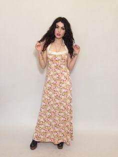 70s FLORAL MAXI DRESS  #boho #ootd #summerfashion #vintage