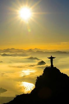 Rio de Janeiro, Brazil, photo by Cristiano Moulin. Jesus Pictures, Cool Pictures, Beautiful World, Beautiful Places, Places To Travel, Places To Visit, Travel Destinations, Christ The Redeemer, Brazil Travel
