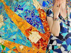 Mosaiikkimekko - #Gaudi Style - Arkkitehtuuri kohtaa muodin - Architecture meets fashion - #mosaiikki #mosaicart #Barcelona #silkdress #silkkimekko