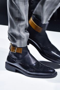 Vivienne Westwood Boots , Fashion show details Mens Shoes Boots, Shoe Boots, Vivienne Westwood Boots, Dress With Boots, Dress Shoes, Leather Men, Leather Boots, Fashion Shoes, Mens Fashion