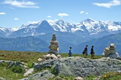 This week's Round T(r)ip is the panorama trail Niederhorn-Waldegg. ‪#‎SwissGrandTour‬