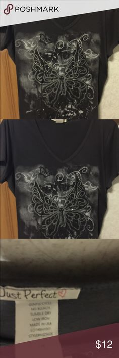 💐🦋Woman's Top With a Butterfly Design💐🦋 💫🦋Black woman's t-shirt top with a butterfly embellished in the front of the top🦋 this has been washed and gently worn 🦋💫 Just Perfect Tops Tees - Short Sleeve