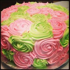 Pink and green cake w/ pearls AKA 1908 Aka Sorority, Alpha Kappa Alpha Sorority, Sorority Sisters, Beautiful Cakes, Amazing Cakes, Green Cake, Pink Apple, Everything Pink, Pretty In Pink