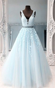 V-Neck Long Tulle Appliques Prom Dresses 2020 Beaded Quinceanera Dresses Custom Made Long School Dance Dresses Graduation Party Dresses Baby Blue Prom Dresses, Blue Ball Gowns, Pretty Prom Dresses, Quince Dresses, Ball Gowns Prom, Tulle Prom Dress, Homecoming Dresses, Lace Dress, Sweet 16 Dresses Blue