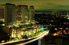 São Paulo à noite by Edson Grandisoli.