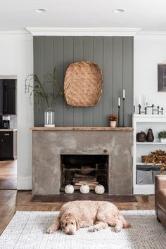 Farmhouse Fireplace, Home Fireplace, Fireplace Design, Fireplace Ideas, Black Fireplace, Modern Fireplace Decor, Scandinavian Fireplace, Country Fireplace, Vintage Fireplace