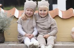 beautiful neutral coloured wool (sand-melange) by Joha from Denmark. Available at Lillahopp