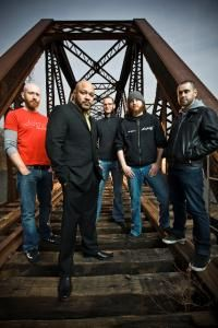 Killswitch Engage will always be one of my favorite bands. Hope i get to see them live sometime.