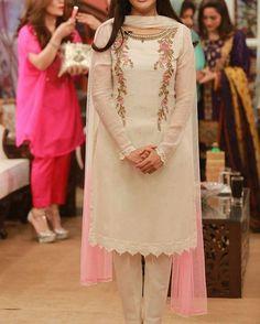 #eiddress #eid2016 #eid #pearls #pakistan #fashion #2016 #asianwear #outfitoftheday #whatiworetoday #tagsforlikes #desibeautyblog #hudabeauty #asianbridesblog #outfitoftheday #hijabfashion #usa #perfectwedding #awesome #bestoftheday #instalike #hellopakistan #flairy #asianwear #outfitoftheday #whatiworetoday #desibeautyblog #hudabeauty #gold #hairstyle #loreal