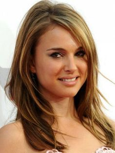 Medium Long Hair Cuts - like the bangs. how about I can just BE Natalie Portman. Haircuts For Long Hair With Layers, Medium Layered Haircuts, Round Face Haircuts, Straight Hairstyles, Layered Hairstyles, Short Hairstyles, Feathered Hairstyles, Short Haircuts, Gorgeous Hairstyles