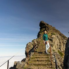 At the most challenging trail on Madera: from Pico Arieiro to Pico Ruivo.  #madeiraisland #góry #mountains #kochamgory #mountainlovers #naszlaku #instagirl  #landscape #nature #naturephotography #amazingview #hiking #trekking #sunset #madeira #mountainpeak #osprey #salomonshoes #arcteryx  #simond #mountainphotography #traveling #travel #podroze #trekking #npm