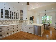 Amazing kitchen, amazing home, amazing neighborhood. #HydePark, #SouthTampa #PriceReduced, #homesforsale