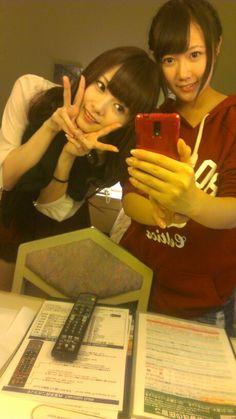 乃木坂46 (nogizaka46) nagashima seira look like she's good friend with the princess ~ Shiraishi Mai (白石 麻衣) =)