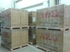 Neu eingetroffen: AEG Photovoltaikmodule AS-M602-285 http://photovoltaik.granzow.de/aeg-photovoltaikmodule-as-m602-285/