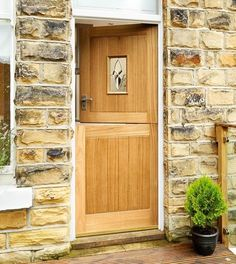 Stable Oak triple glazed door for the side door from the utility room