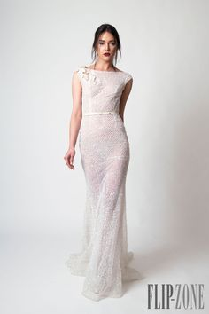 Abed Mahfouz Spring-summer 2015 - Couture - http://www.flip-zone.com/fashion/couture-1/independant-designers/abed-mahfouz-5575