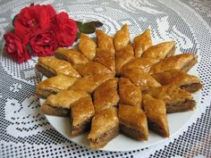 This post is also available in: Albanian Baklava recipe is one of the… Bosanska Baklava, Albanian Recipes, Albanian Food, Just Desserts, Delicious Desserts, Dessert Recipes, Party Recipes, European Cuisine, Deserts