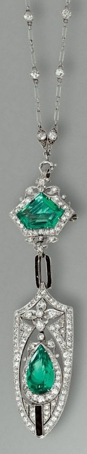 An early Art Deco emerald, black onyx and diamond pendent necklace, circa 1915. The fine chain spectacle-set with circular-cut diamonds, to a detachable shield-shaped pendant pierced in a floral motif suspending a pear-shaped emerald and single- and circular-cut diamond swing, the surmount set with a pentagonal-shaped emerald, joined by a calibré-cut black onyx link, the detachable pendant may also be worn as a brooch. I Love Jewelry, Art Deco Jewelry, Jewelry Necklaces, Fine Jewelry, Antique Jewelry, Vintage Jewelry, Emerald Jewelry, Diamond Are A Girls Best Friend, Diamond Cuts
