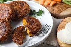 It never was faster, healthier and easier to prepare the Sunday lunch. Swap the properly knocked, wrapped in breadcrumbs and on fat pan-fried schnitzel placidly for these health. Brownies Sains, Healthy Baking, Healthy Recipes, Desserts Sains, Cooked Carrots, Baked Vegetables, Tasty, Yummy Food, Oat Flour