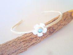 Sterling silver cuff bracelet.Flower bracelet.Blue by Iridonousa
