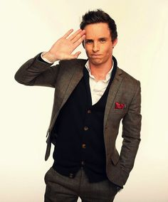"""""""Raise your hand if you're perfect."""" Yes Mr. Eddie Redmayne; you are correct."""