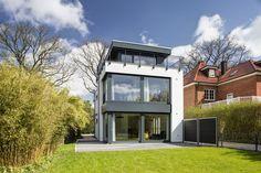 Baunen auf kleinen Grundstücken verlangt nach einem kreativen Architekten. Dieses Haus bietet viel Platz auf wenig Raum!