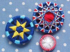 リングに糸を巻き付けて、内側に装飾を施すリングワーク。とじ針があればできちゃうから、特別な道具なしで始められます♪