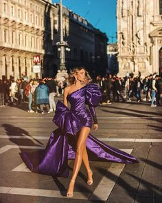 Albina Dyla dresses are gorgeous and loved by many women around the world. Albina Dyla gowns are so beautiful you will fall in love. Classy Outfits, Stylish Outfits, Prom Dresses, Formal Dresses, Wedding Dresses, Mini Dresses, Ball Dresses, Designer Jumpsuits, Looks Chic