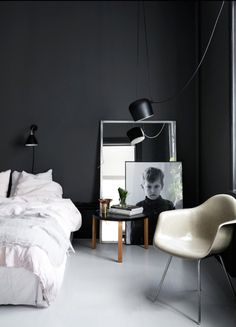 35 Best Black And White Decor Ideas Black And White Design within proportions 3000 X 2513 Black And White Bedroom Decor Images - It might have a few drawer Black White Rooms, Black And White Interior, Black Walls, White Walls, Decoration Inspiration, Interior Inspiration, Decor Ideas, Bedroom Inspiration, Design Inspiration