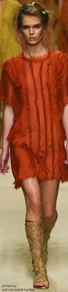 #Farbbberatung #Stilberatung #Farbenreich mit www.farben-reich.com SPRING 2016 READY-TO-WEAR Alberta Ferretti