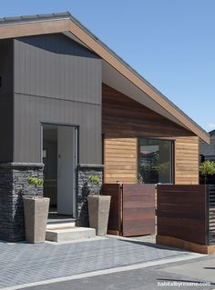 Axon® Panel by James Hardie Exterior Wall Cladding, House Cladding, Exterior Stain, Wood Cladding, Grey Exterior, Exterior House Colors, Exterior Design, Stone Exterior, Cedar Paneling