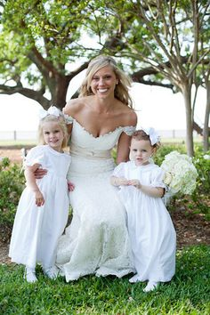 Southern + Glam Weddings - Kelli + Daniel Taylor Photography. Wedding photographers in Birmingham, AL. Wedding photography in Birmingham, Homewood, Vestavia, Hoover, Mountain Brook, Chelsea, Montgomery and Point Clear, Ala. A range of wedding styles: Modern, Southern, fun, t